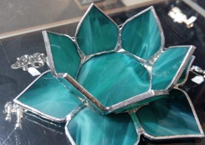 Svícen - lotus