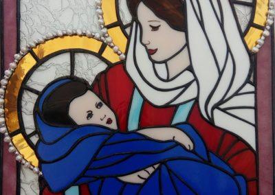 Marie s Ježíšem, použití říční perel